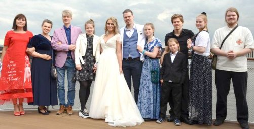 Семья Володара Иванова, свадьба старшего сына, 2019 год